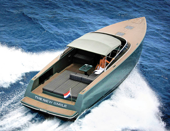 Vandutch 30 40 50 Boatmodo The Best Gifts For Boaters