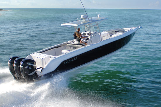 Donzi Looks Ahead Features Boat Reviews And Boat Tests Boats Com 244486 D 1